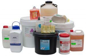 Productos formulados para desengrasar y limpiar las suciedades más rebeldes y penetrantes que se pueden adherir a las manos como grasas, aceites, partículas de carbonilla, resinas, pinturas, tintas, etc.